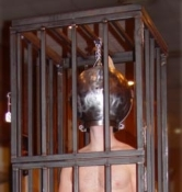 BONDAGE GEAR EXTREME STEEL HEAD CAGE